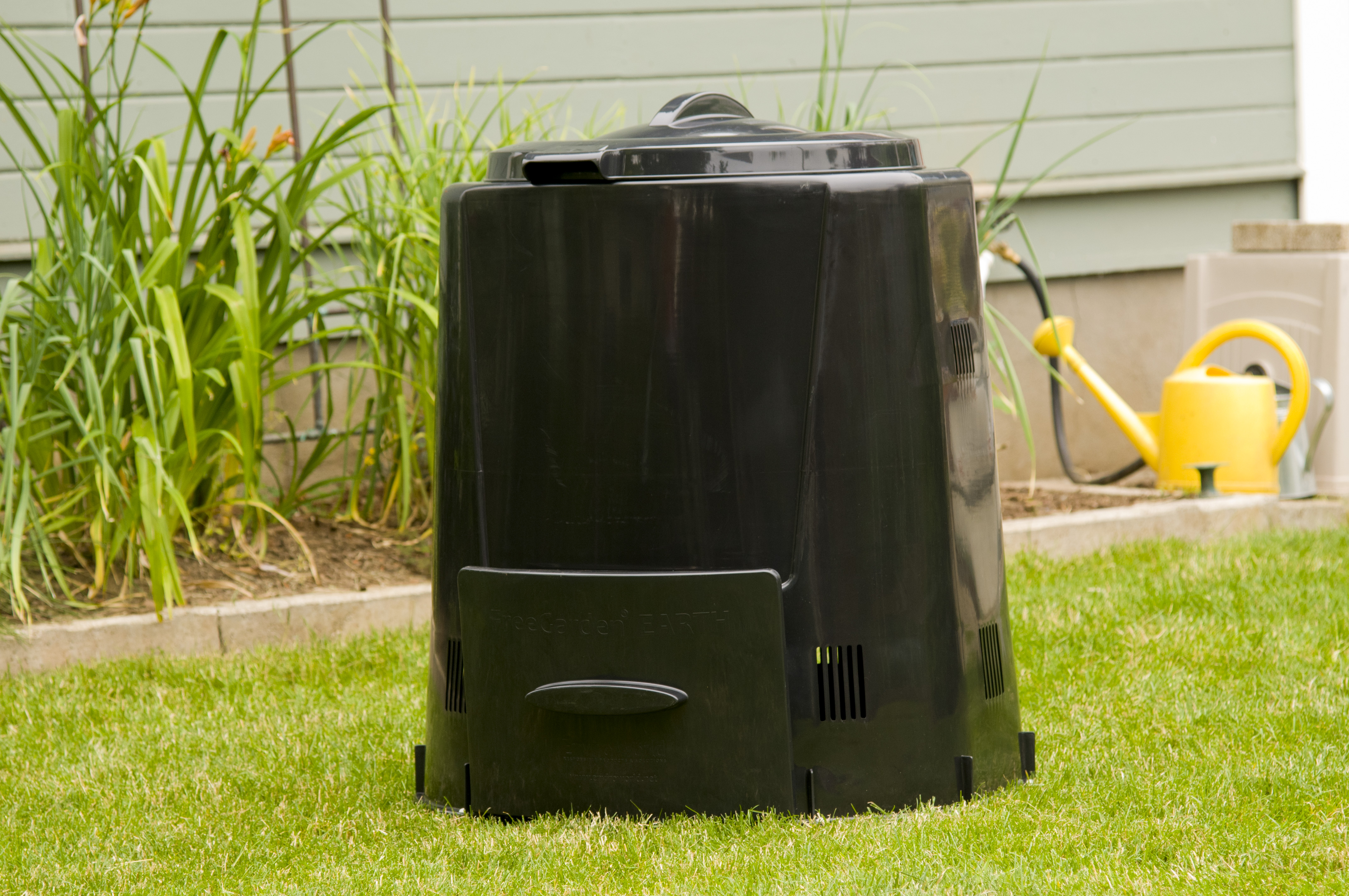 Kitchen Island With Trash Bin Buy A Composter Metro