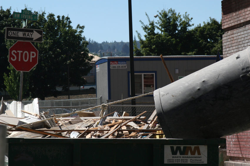 photo of a construction site debris bin