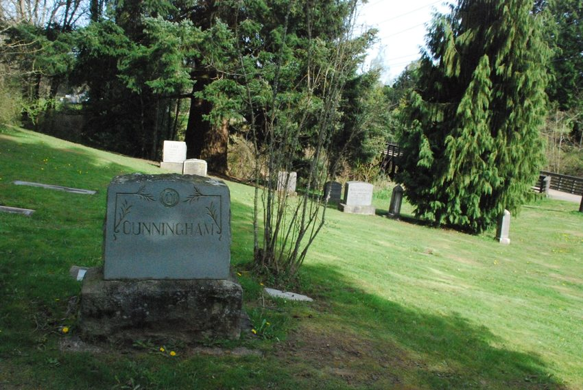 photo of Escobar Cemetery