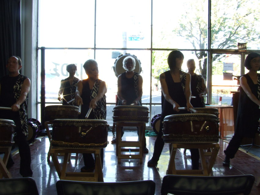 Taiko drummers of Unit Souzou performing for APANO