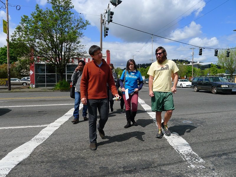 APANO volunteers leading PCC students on a walking tour of the Jade District.