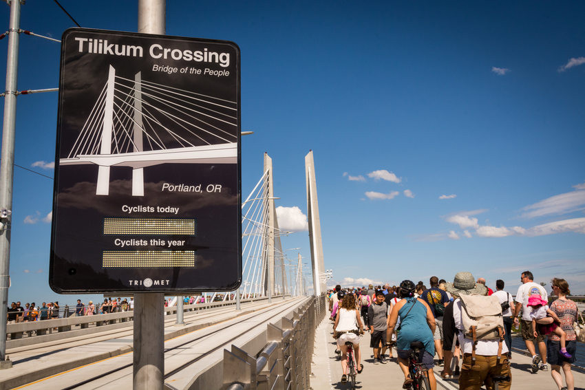 Tilikum Crossing bike counter
