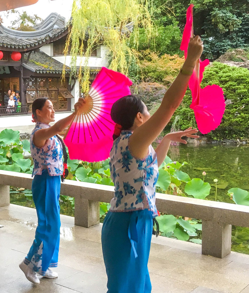 Fan dancers at Lan Su Chinese Garden
