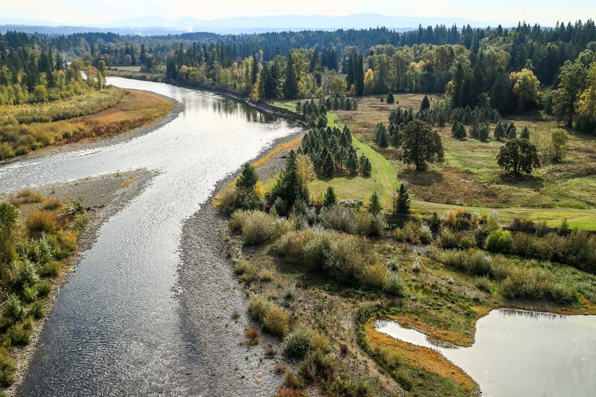 aerial photo of Clackamas River
