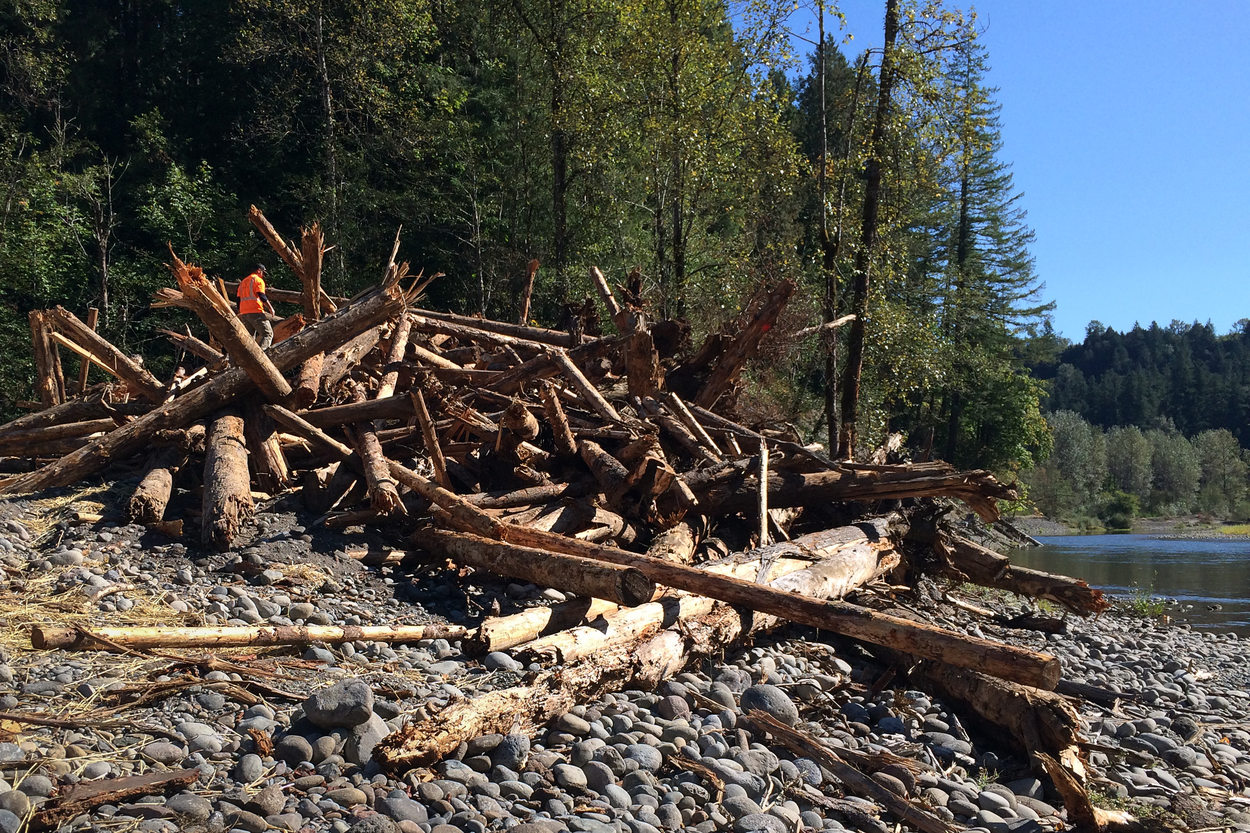 Side channel construction along Sandy River in Oxbow Regional Park