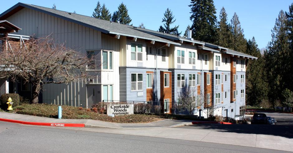 Creekside Woods Apartments in Wilsonville, Oregon