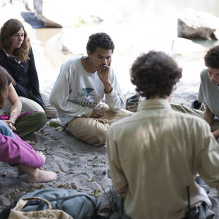 photo of a Metro naturalist and kids at Oxbow
