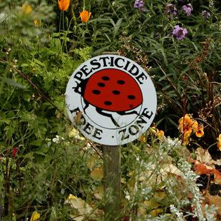 healthy lawn and garden pledge - Yard And Garden