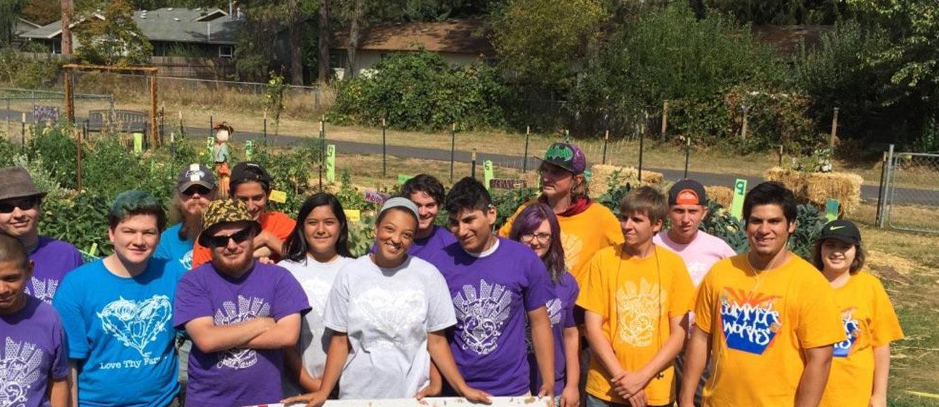 Group shot Supa Fresh Youth Farm
