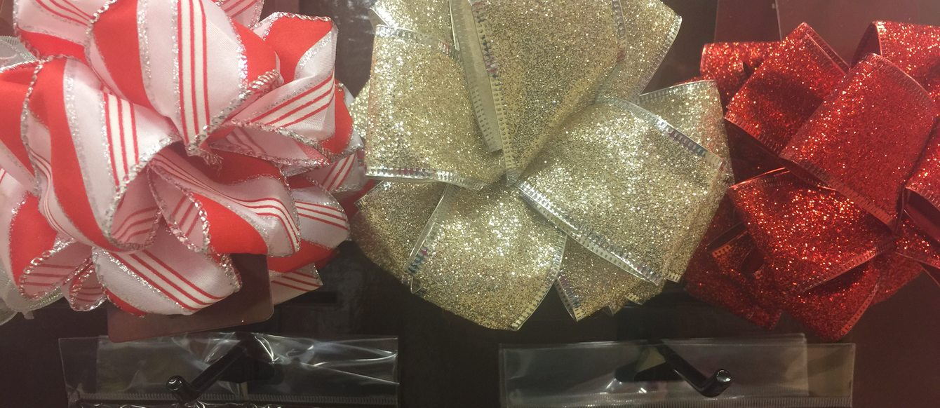 holiday bows for gifts