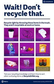 ¡Alto! Estos no van en el contenedor de reciclaje – póster en inglés