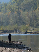 photo of a kid looking out over the Sandy River at Oxbow Regional Park