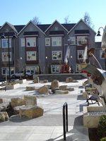 photo of fountain near housing in Milwaukie