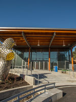 Main entrance to Oregon Zoo Education Center