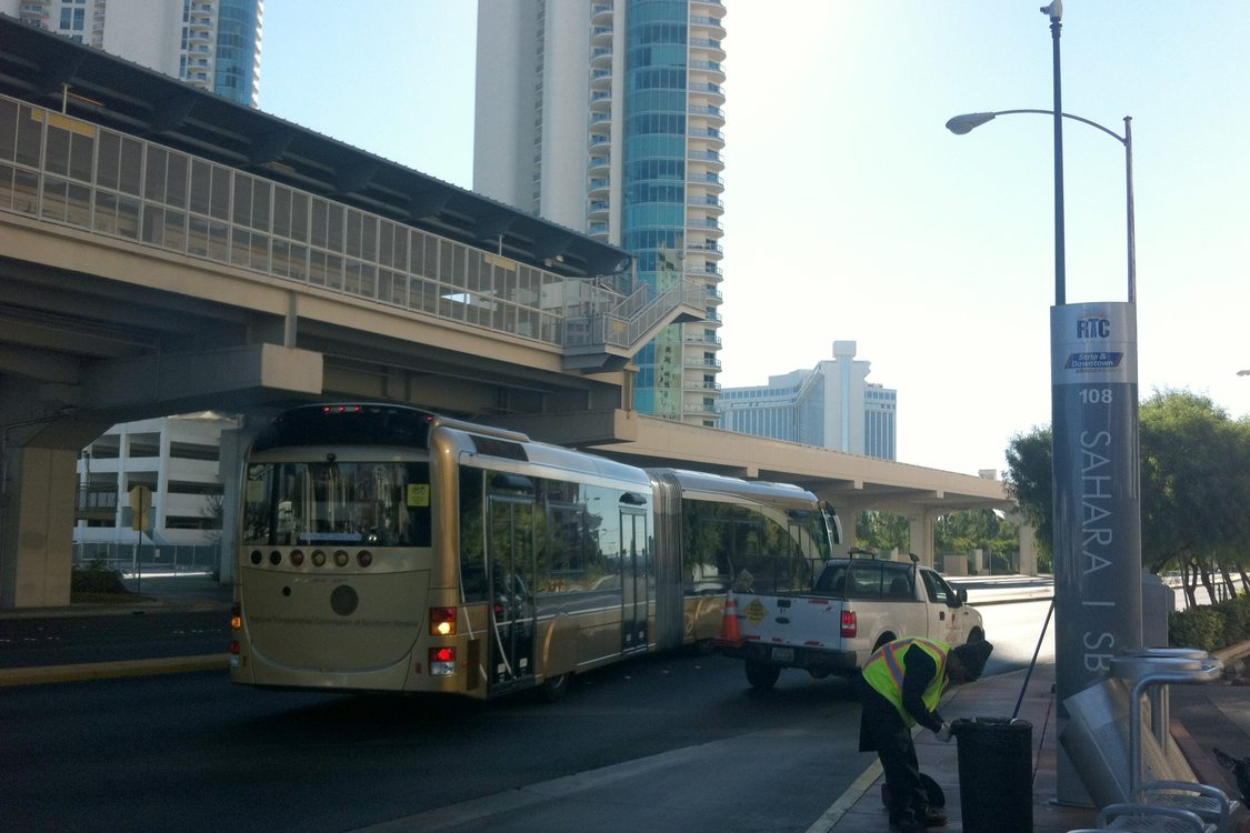 Vegas BRT near monorail
