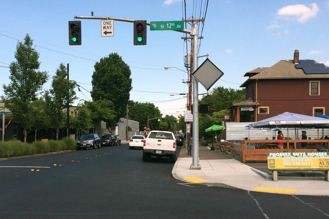 Inner Division Street at 12th