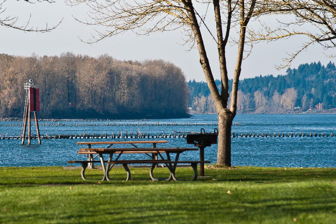 picnic table at chinook landing marine park