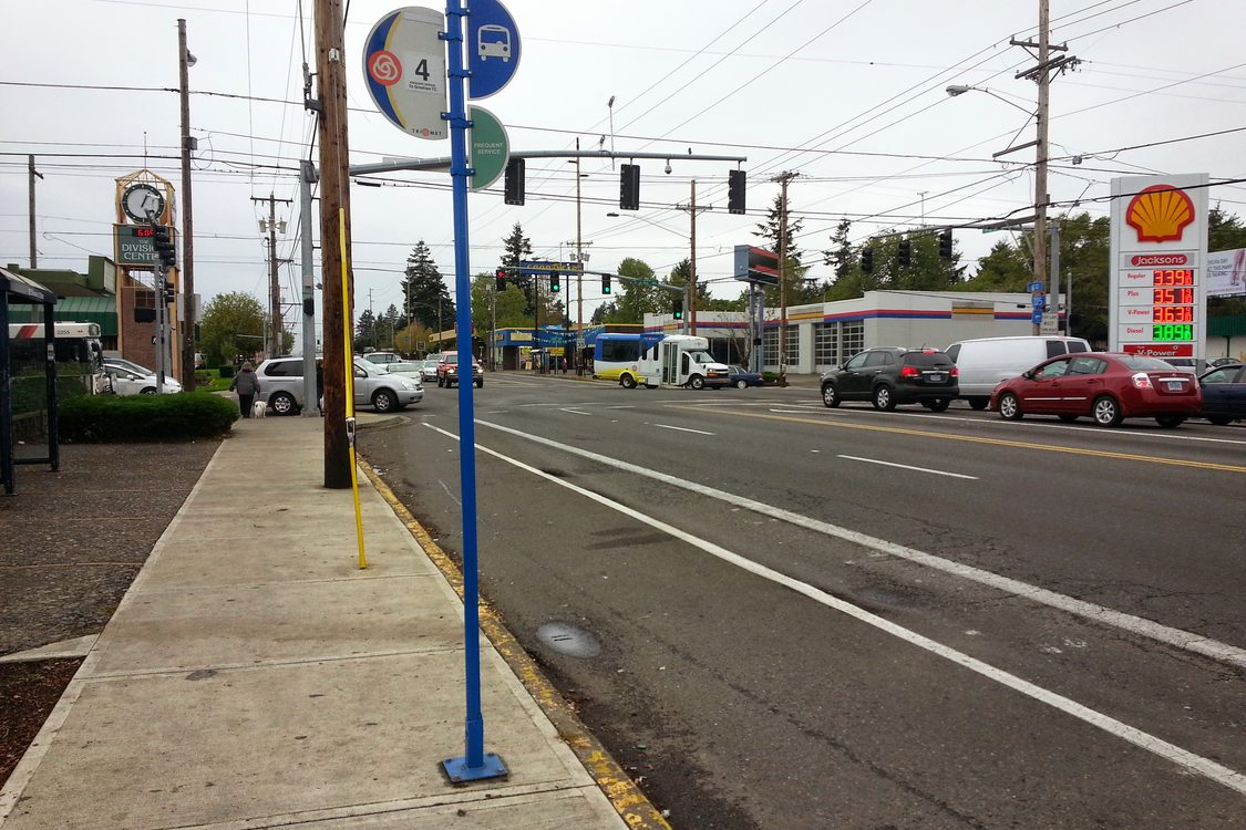 122nd and Division bus stop