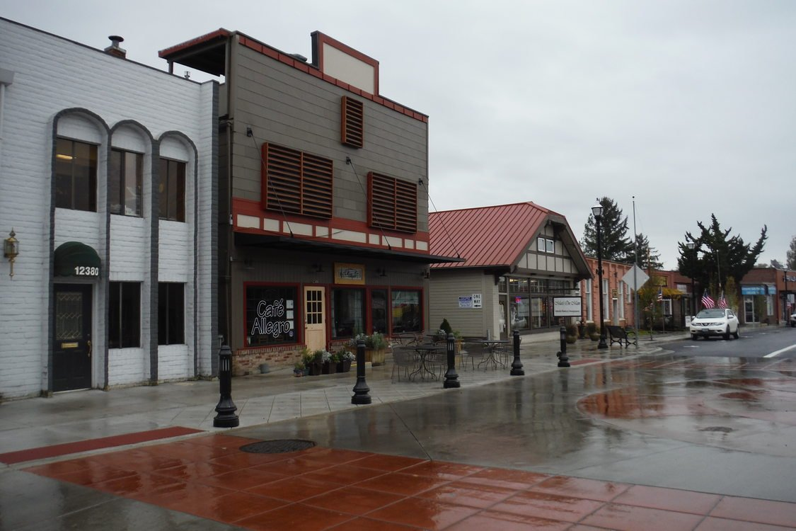 New Main Street pavement and lighting upgrades