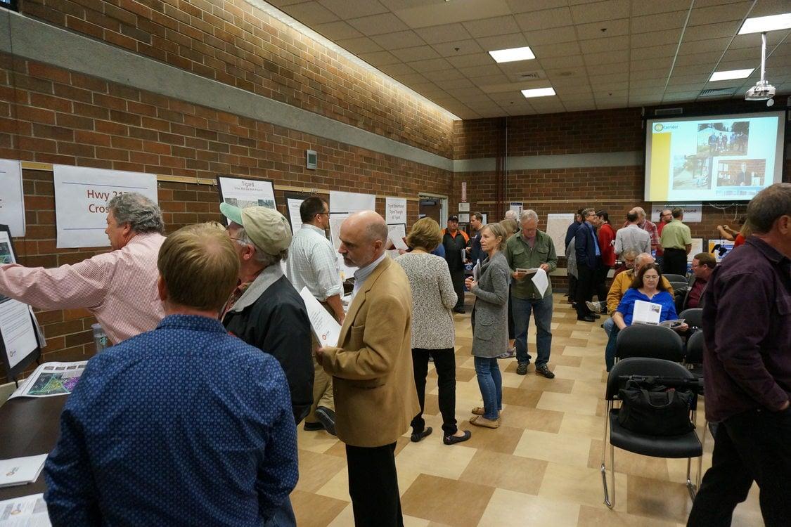 Crowd at Oct. 19 Southwest Corridor forum in Tigard