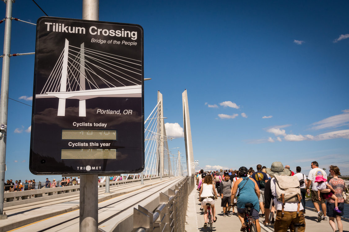 Tilikum Crossing bike counter