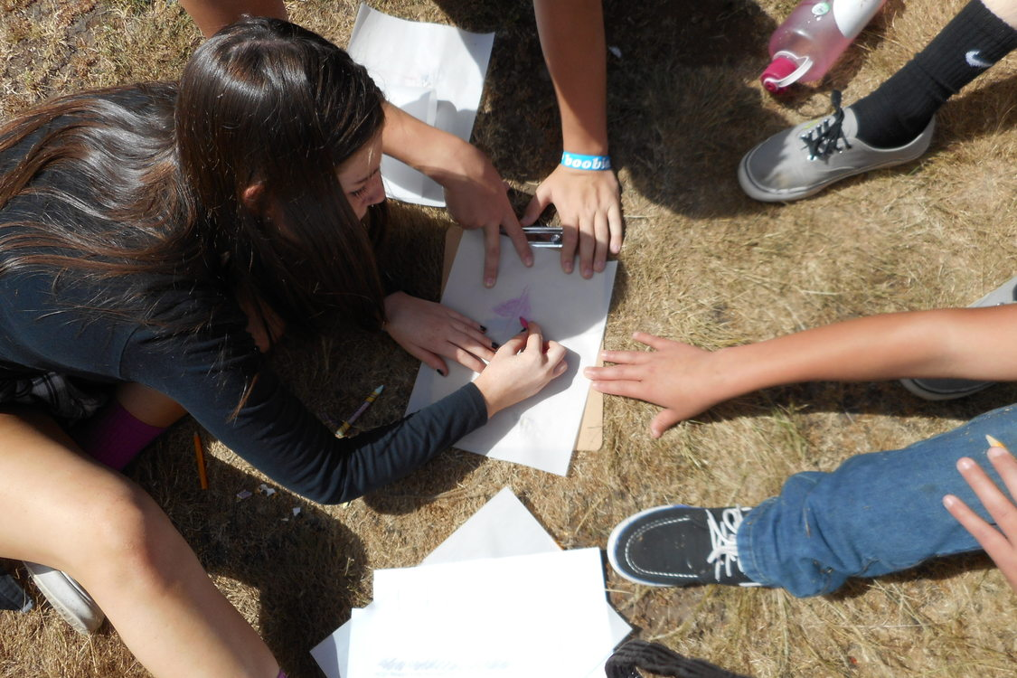 photo of hands-on service learning