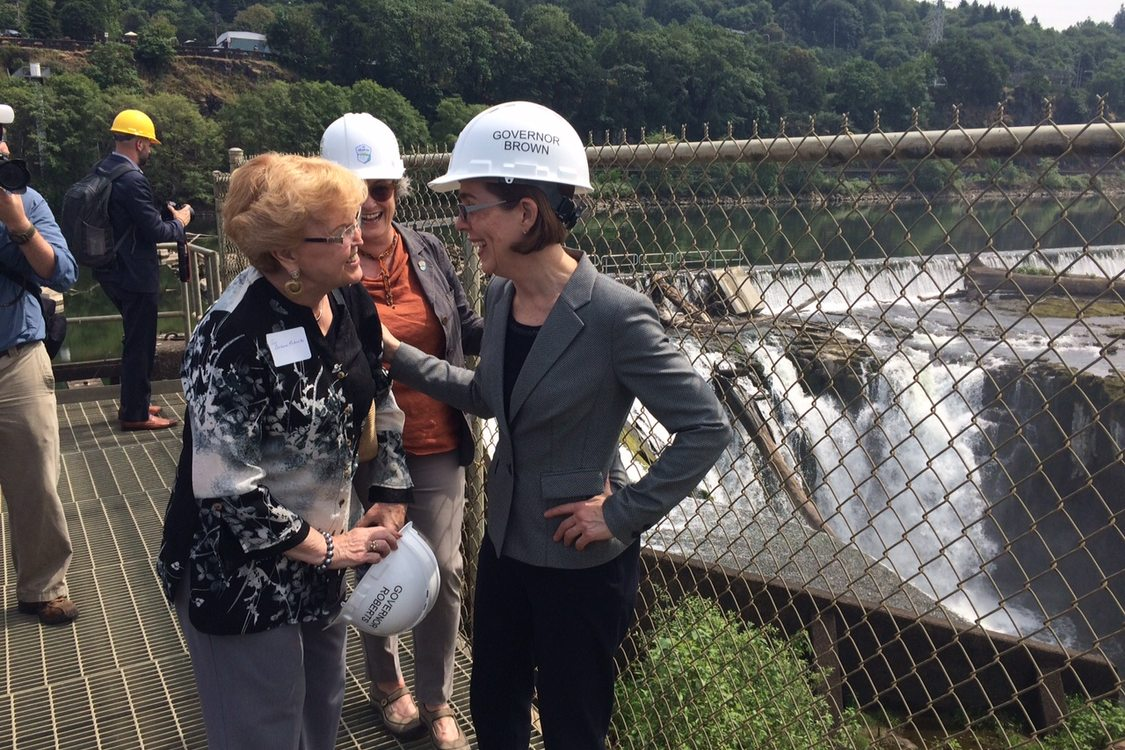 photo of former Oregon Gov. and Metro Councilor Barbara Roberts, Metro Councilor Carlotta Collette and Gov. Kate Brown