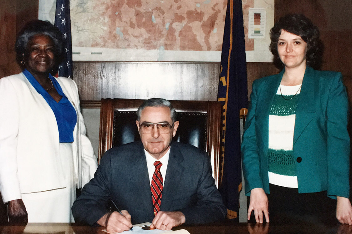 photo of Estella Ehelebe with Gov. Vic Atiyeh