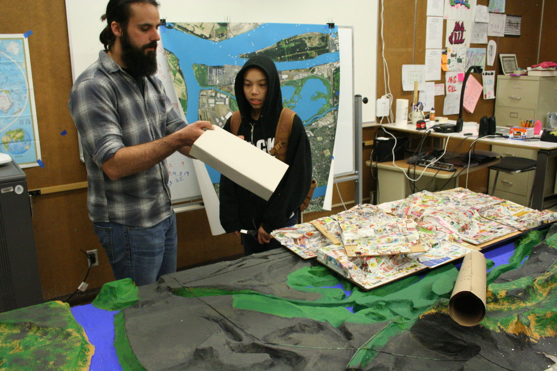 photo of George Middle School students constructing 3D map of North Portland peninsula