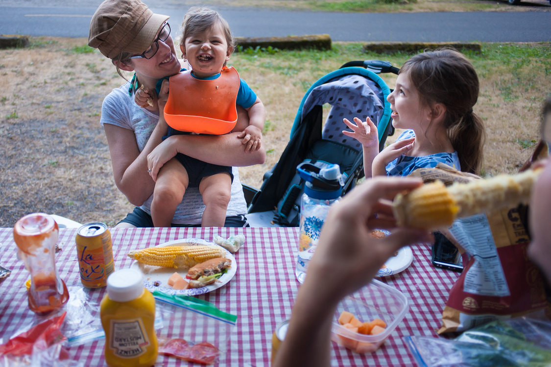 photo of picnic at Oxbow Regional Park campground