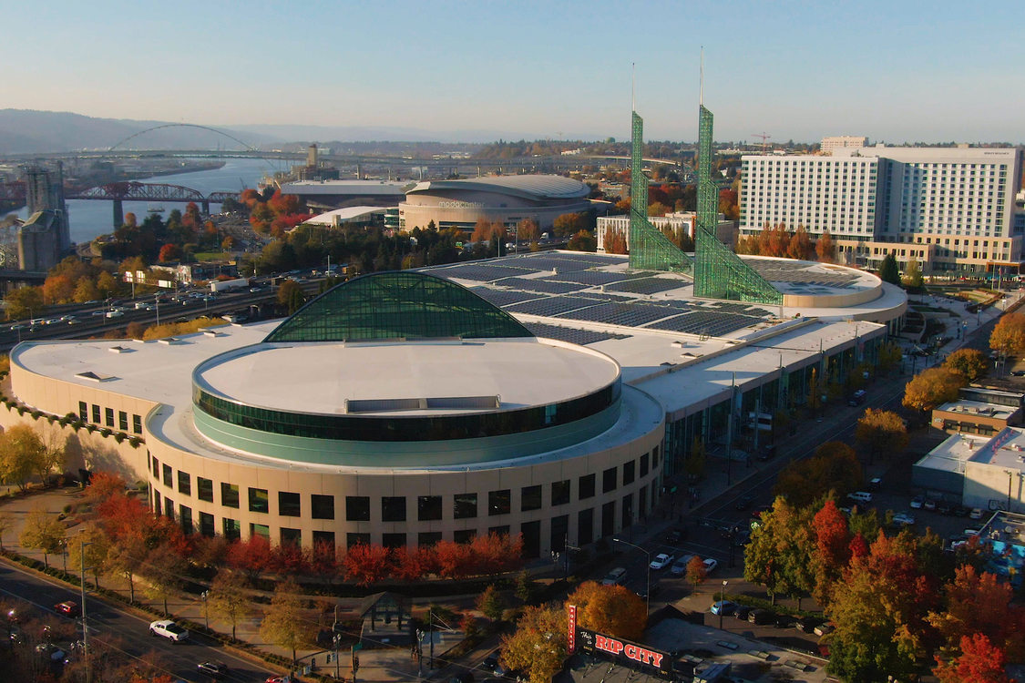 aerial photo of Oregon Convention Center with Hyatt Regency Hotel in the background