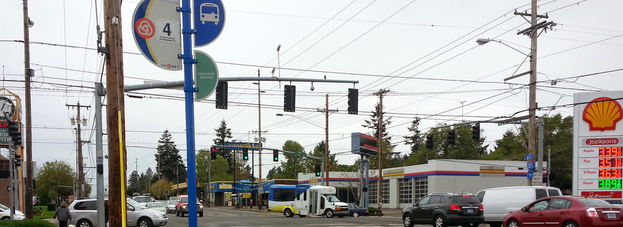 A 4-Division bus stop in Midway